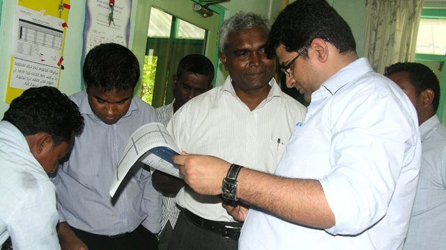Consultants survey power systems of Gulhi and Guraidhoo islands