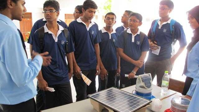 MEA Organizes a Renewable Energy Exhibition to mark Earth Hour 2012